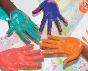 mains-couleur